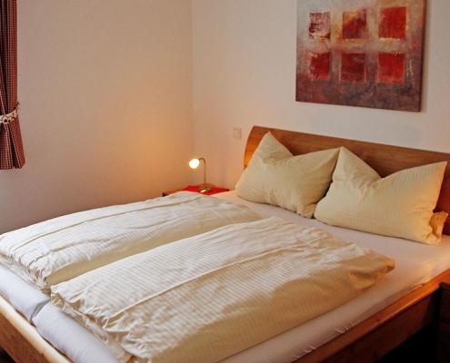 """Ferienwohnung """"Starnberger See"""" - Schlafzimmer 1"""